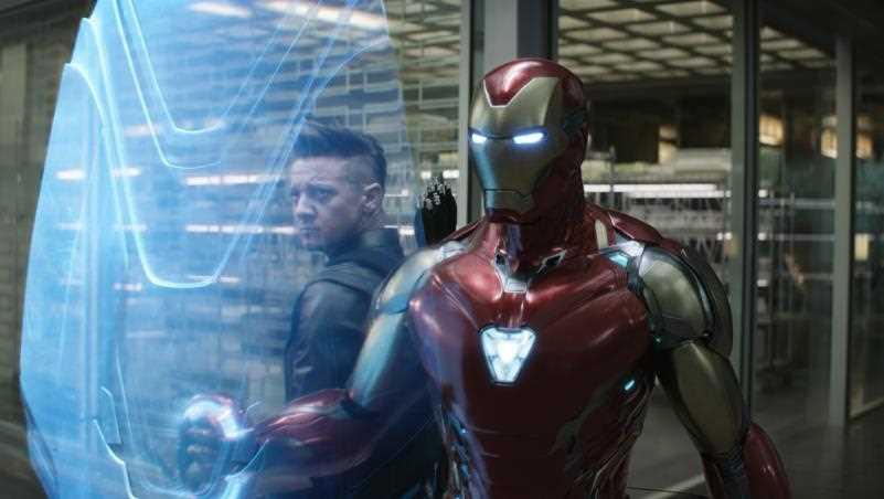 Robert Downey Jr. muốn thử sức với vai diễn Hawkeye