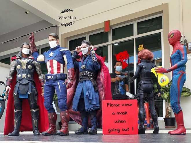 siêu anh hùng mùa dịch cũng phải rửa tay 3