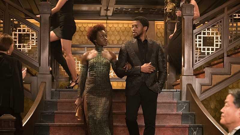 Nakia và Black Panther